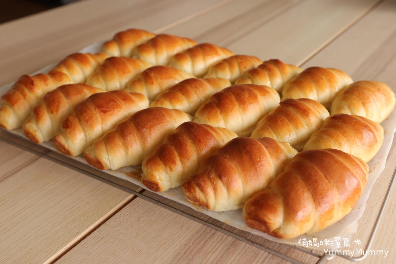 奶香鬆軟。拉絲油亮❤奶油餐包捲X奶香包❤一步一步學。整盤給它烤起來!!!